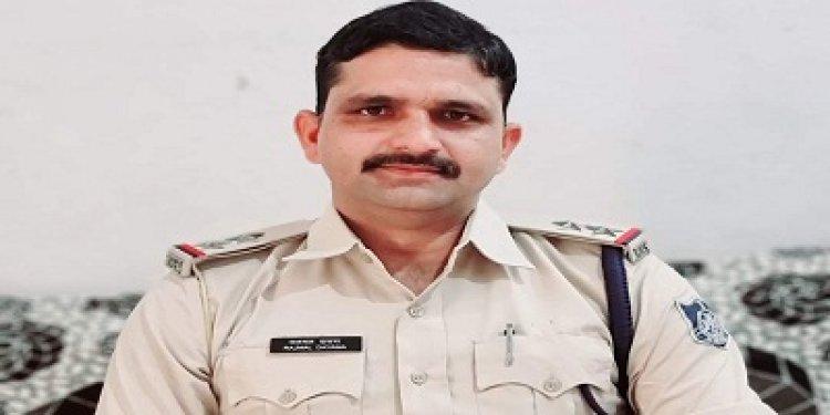 BIG BREAKING: मंदसौर नार्कोटिक्स विंग में पदस्थ एसआई दायमा और प्रधान आरक्षक सहित 5 पुलिसकर्मी निलंबित, मामला सोहेल की थाने में ही संदिग्ध परिस्थितियों में मौत का
